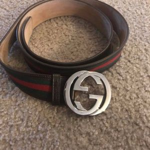 Unisex Gucci Belt (brown with green/red strip)